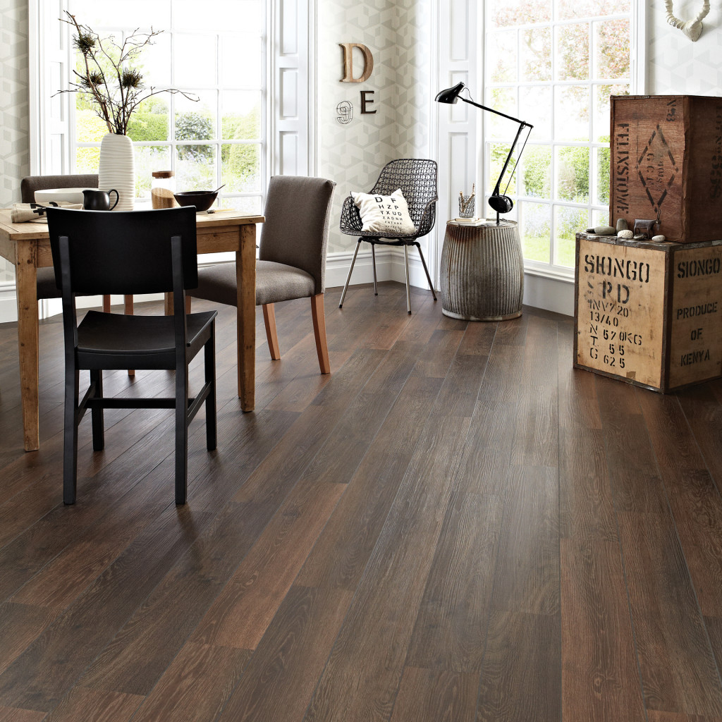 KP98_Aged-Oak_RS_Res_Dining-Room_Image